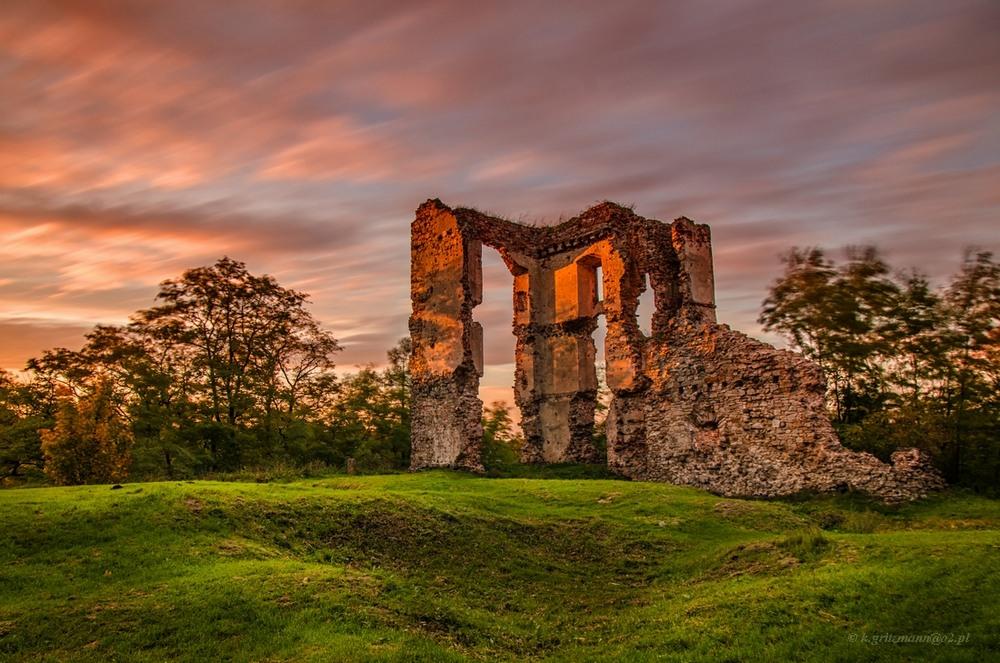 Bodzentyn – fotogeniczne ruiny